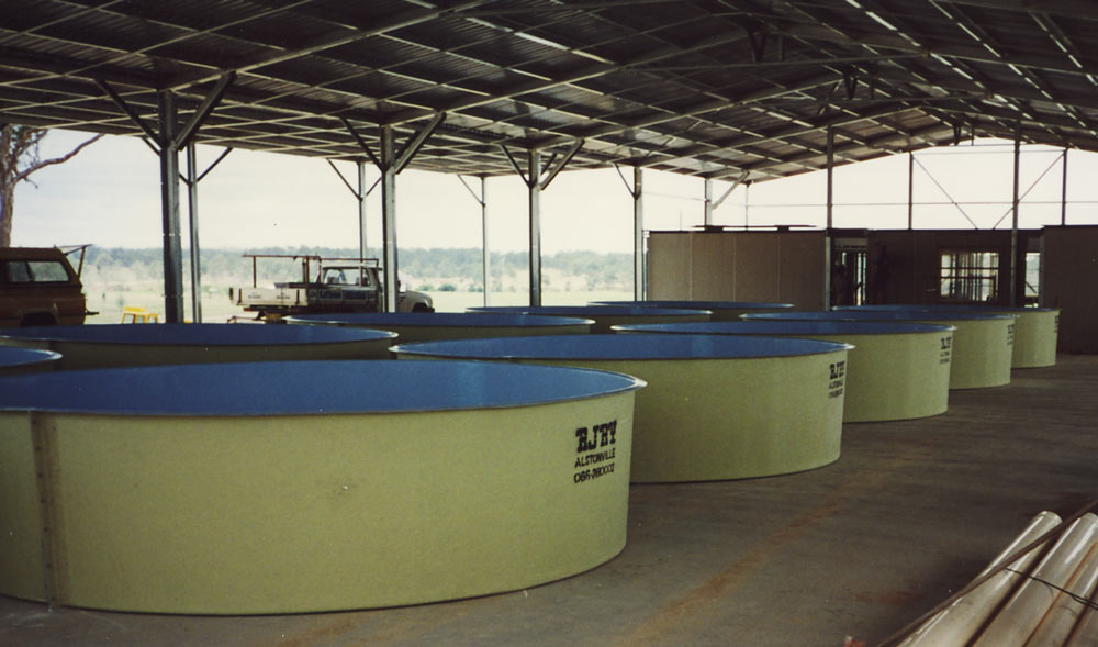 Flat-Bottom-Round-Aquaculture-Tanks