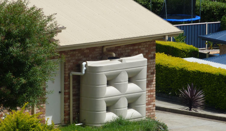 4000 litre residential slimline water tank